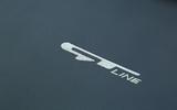 Kia Sorento CRDi GT-Line S 2018 review logos