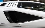Lamborghini Countach LPI 800 4 (16)