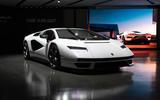 Lamborghini Countach LPI 800 4 (5)