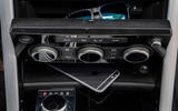Land Rover Discovery centre console