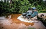 Land Rover Defender versus the Congo