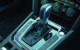 Volkswagen Passat GTE Estate gears