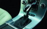Volvo V60 D5 Twin Engine SE Nav gears