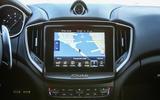 Maserati Ghibli Diesel centre console