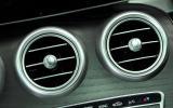 Mercedes-Benz C 250 d Coupé air vents