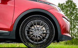 Michelin Uptis tyre concept on car