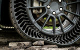 Michelin Uptis tyre concept rocks