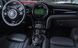 Mini Cooper D DCT dashboard