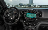 Mini Countryman S E Cooper All4 dashboard