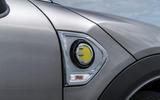 Mini Countryman S E Cooper All4 side indicator