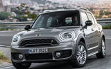 Mini Countryman S E Cooper All4 cornering