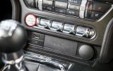 Ford Mustang centre console