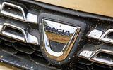 Dacia Duster - front badge
