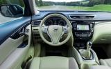 Nissan X-Trail Tekna dashboard