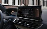 2021 Peugeot 3008 - infotainment