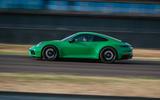 Porsche 911 GTS pan