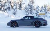 Porsche 992 GTS targa 8