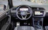 2020 Volkswagen Tiguan - dashboard