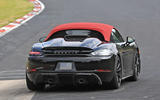 Porsche 718 Boxster Spyder: new pictures show bespoke roof setup