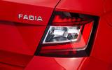 Skoda-fabia-2018-detail-taillight