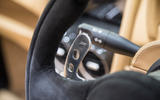 Noble M600 Speedster paddle shifters