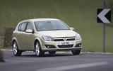 Vauxhall Astra SRi cornering