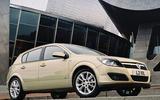Vauxhall Astra SRi front quarter