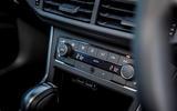 Volkswagen Polo 1.0 TSI climate controls