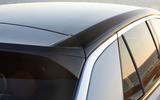Volkswagen T-Roc roof line