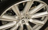 Volvo XC90 T8 alloy wheels