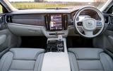 Volvo S90 T8 dash