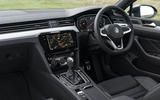 Autocar VW Passat Alltrack 2019 cockpit