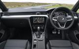 Autocar VW Passat Alltrack 2019 steering wheel