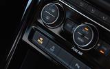 Volkswagen Touran climate controls
