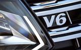 Volkswagen Amarok V6 front badging