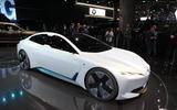 BMW's i Vision Dynamics EV concept