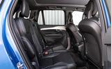 Volvo XC90 B5 AWD R-Design - rear seats