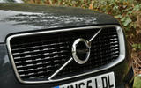 Volvo XC90 - front grille