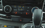 10 Ford Tourneo 2021 LT climate controls