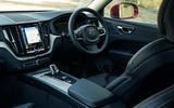10 Volvo XC60 Recharge 2021 LT cabin