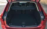 15 Volvo XC60 Recharge 2021 LT boot