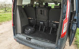 17 Ford Tourneo 2021 LT boot