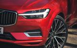 5 Volvo XC60 Recharge 2021 LT headlights