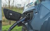 6 Ford Tourneo 2021 LT charging port