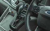 9 Ford Tourneo 2021 LT gearstick