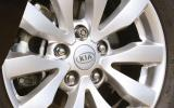 Kia Carens alloy wheels