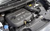 Kia Carens engine block
