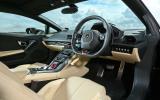 Lamborghini Huracan LP610-4 interior