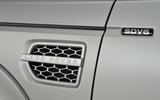 Land Rover Discovery side vents