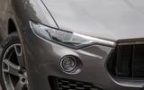 Maserati Levante xenon headlights